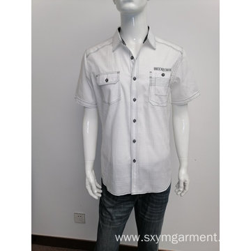 Men's cotton solid jacard casual shirt.